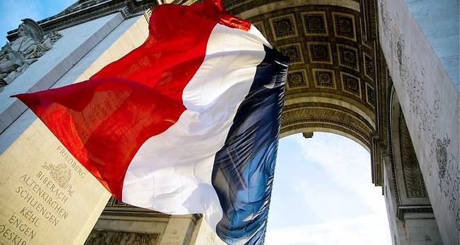 Le « suicide français » et la grandeur de la France – Les Echos 05-11-2014